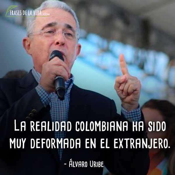 Frases-de-Álvaro-Uribe-9